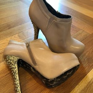 Betsy Johnson high heel booties